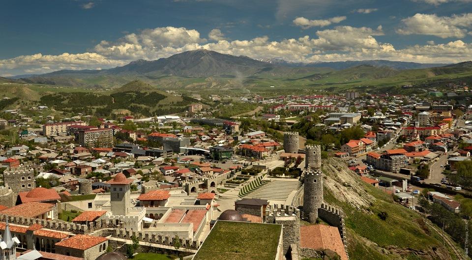 Фото: город Ахалцихе с высоты