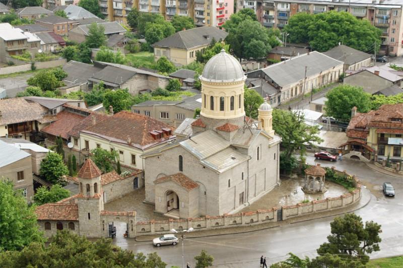 Храм в городе Гори