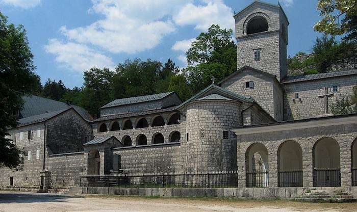 Замок Буча в Тивате