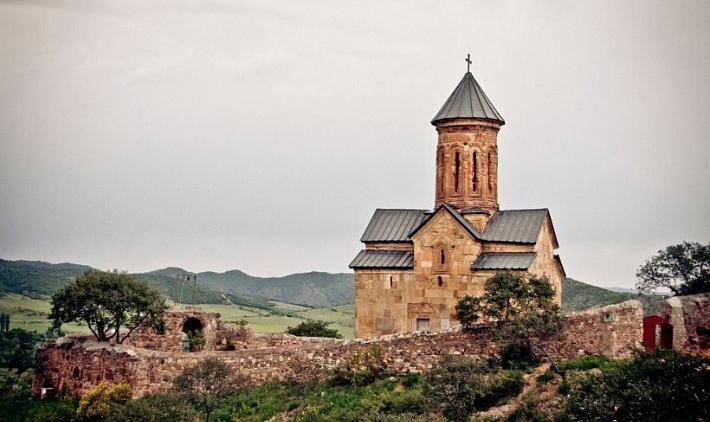 Фото: Церковь Болнисский Сион