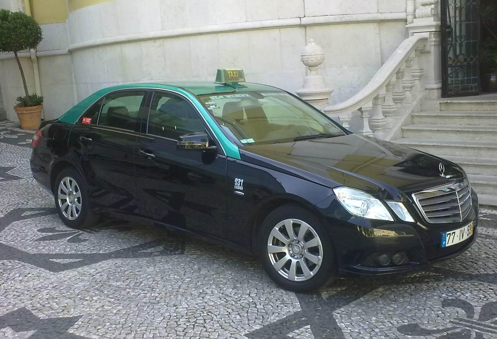 Фото: машина такси