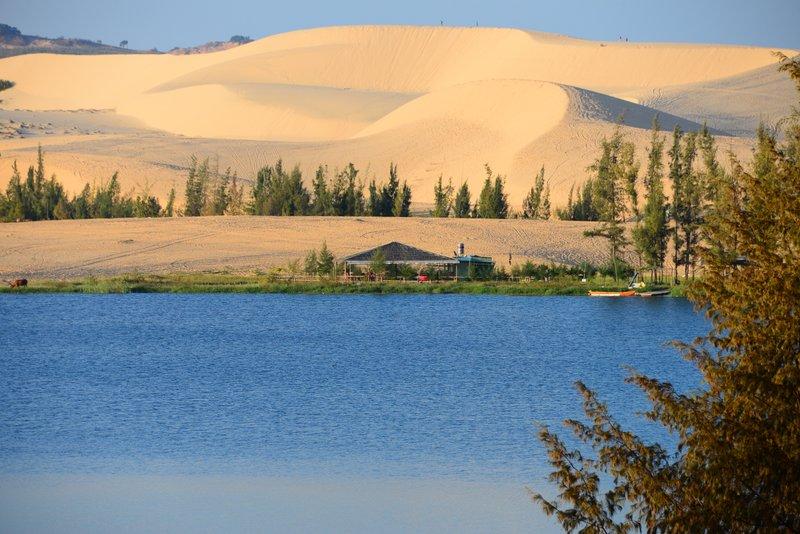 Фото: белые дюны