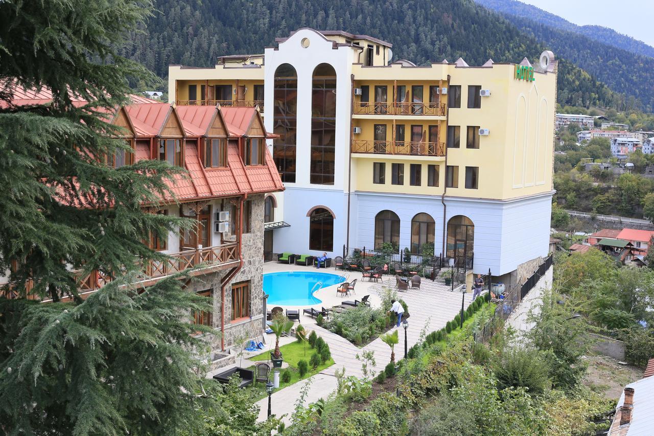Отель 4*