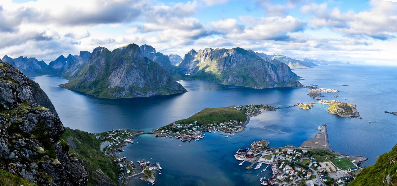 Лофотены - острова за полярным кругом