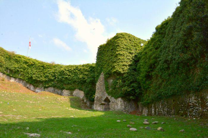 Рухская крепость внутри