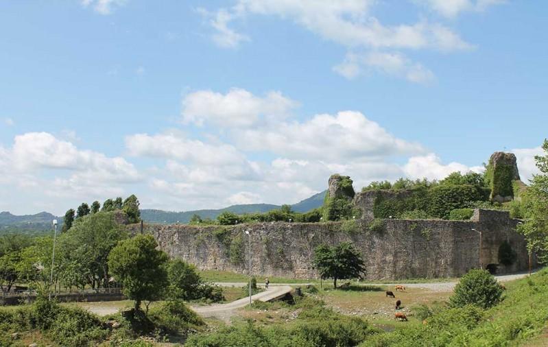Фото: крепость Рухи
