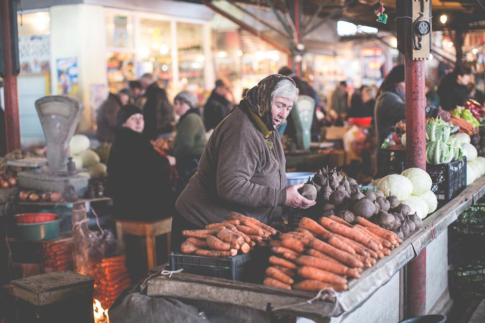 Местный рынок - то, что нужно посмотреть в Кутаиси