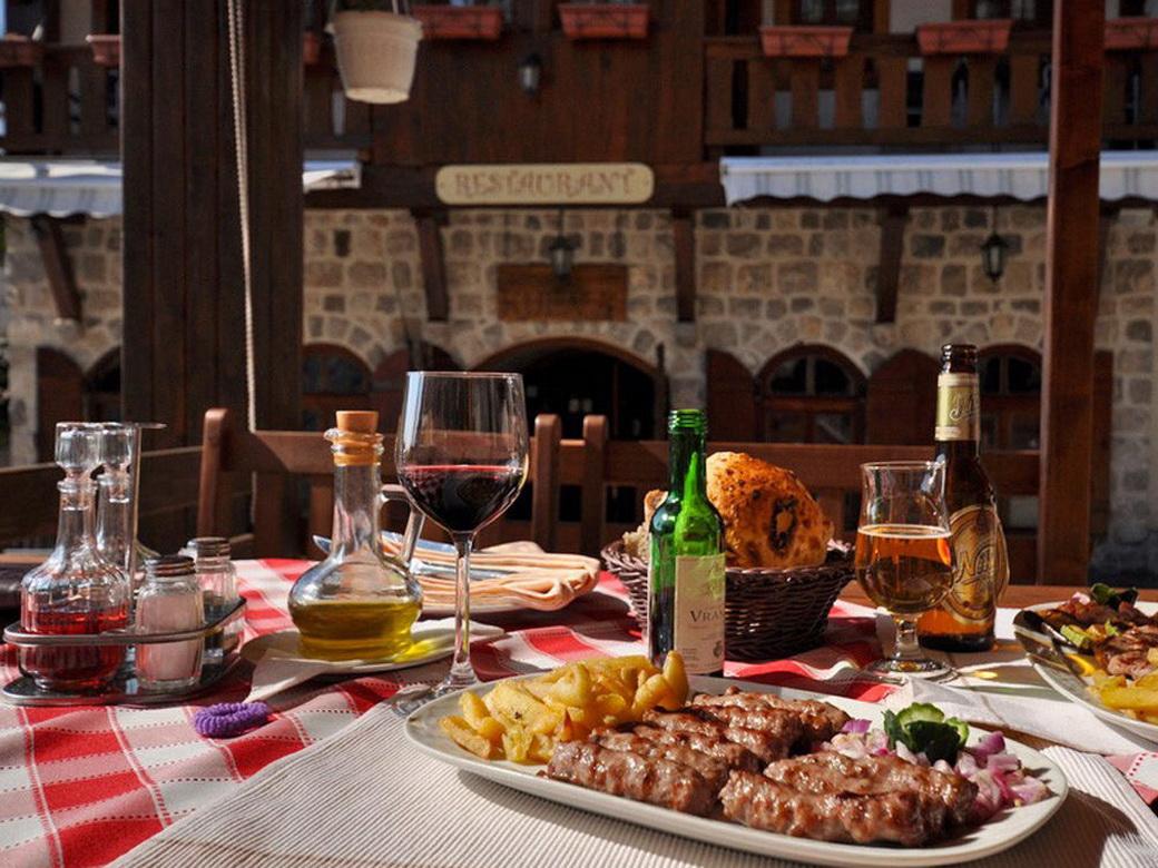 Фото: блюда кухни Черногории