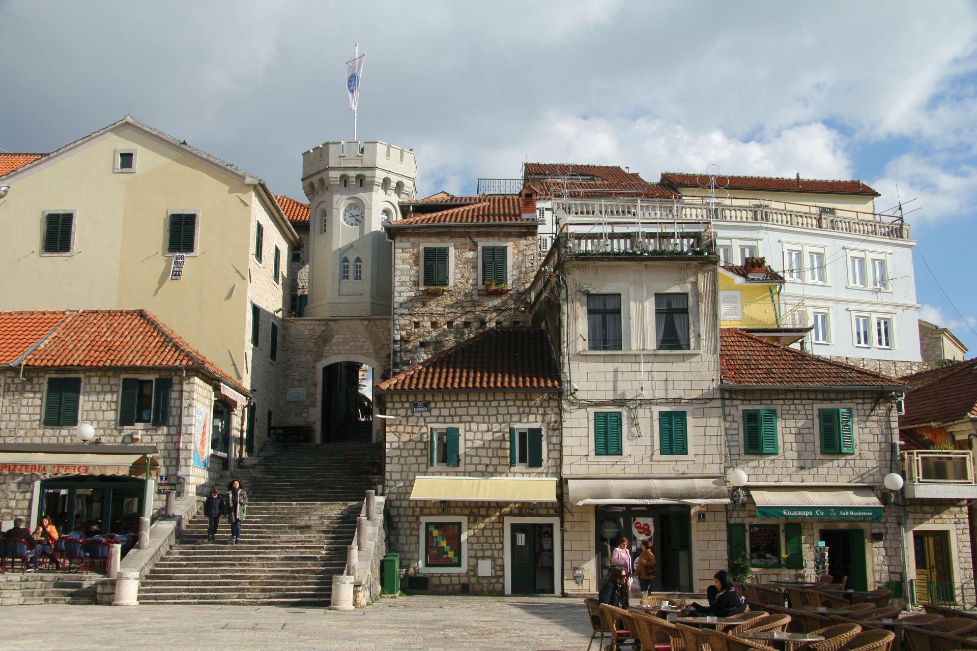 Часовая башня в Старом Городе