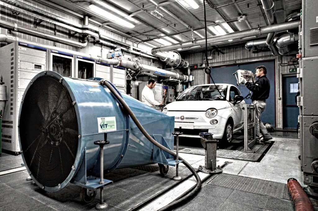 Фото: сборка машин на заводе Revoz