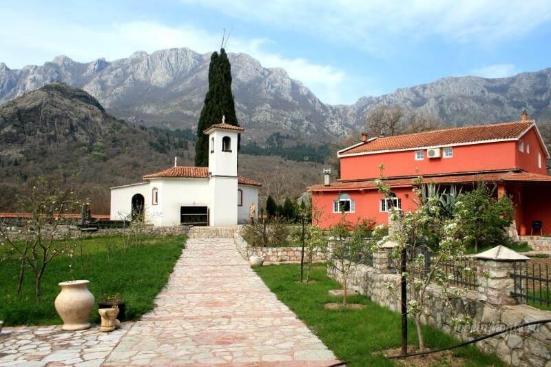 Храм Святителя Василия