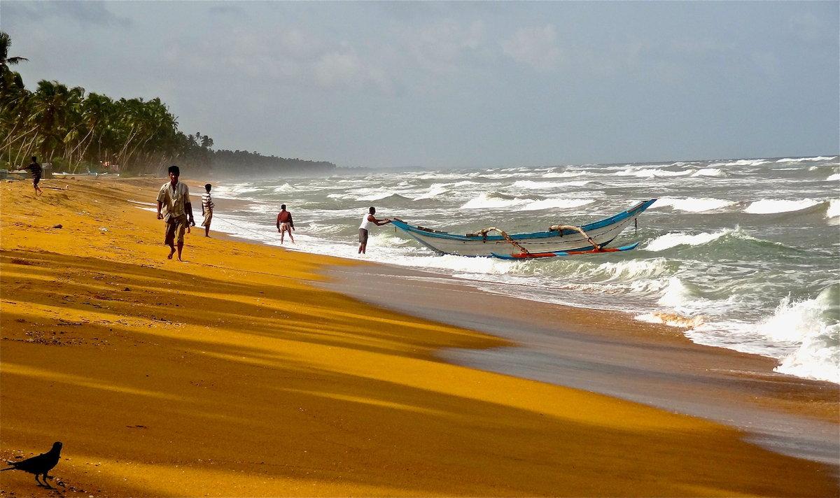 Океан в Ваддуве бывает неспокойным