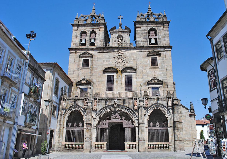 Фото: собор Санта Мария в Браге
