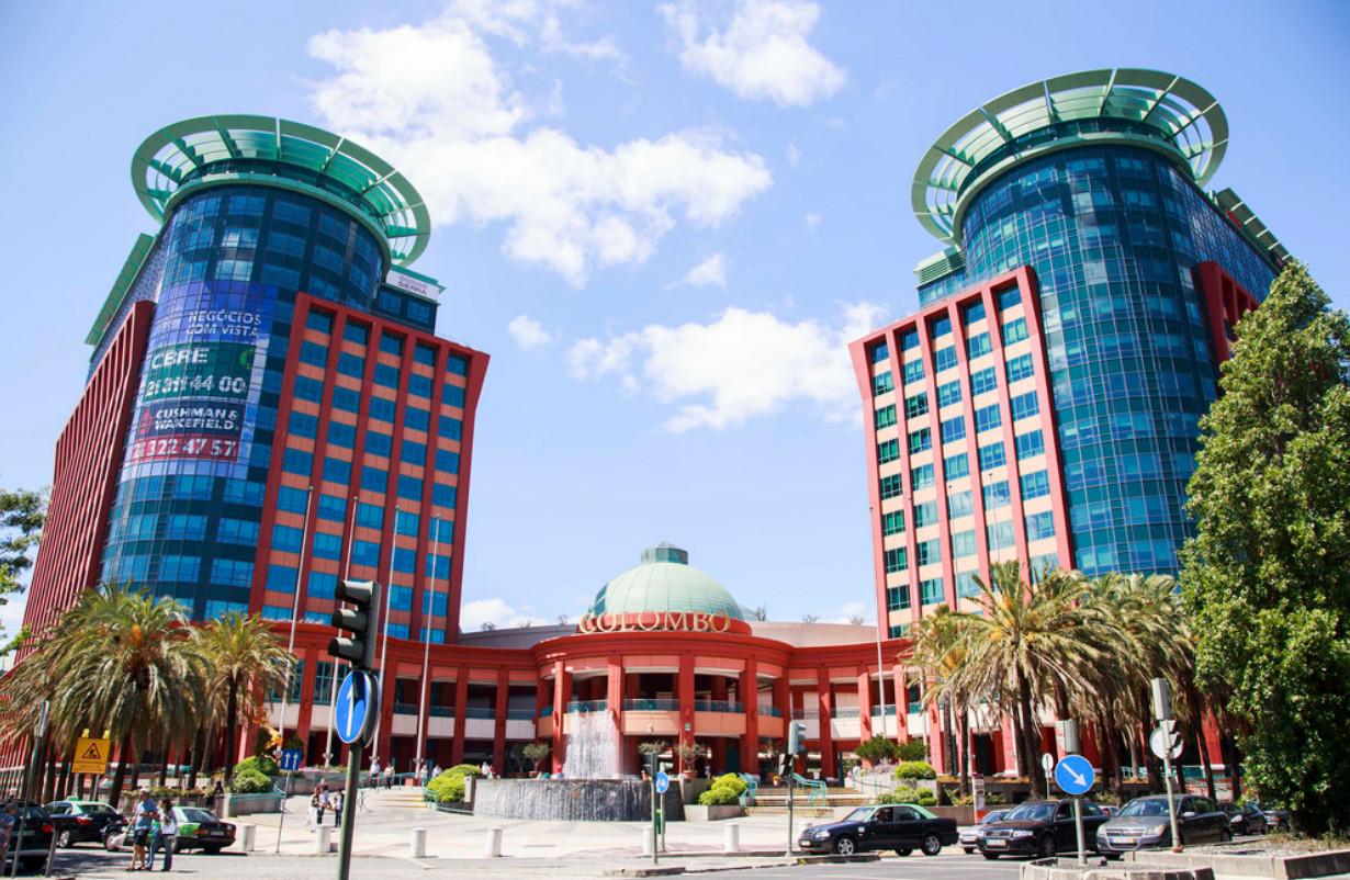 Торговый центр Коломбо в столице Португалии