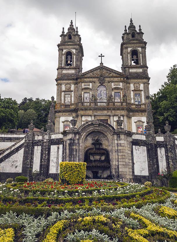 Храм Bom Jesus do Monte