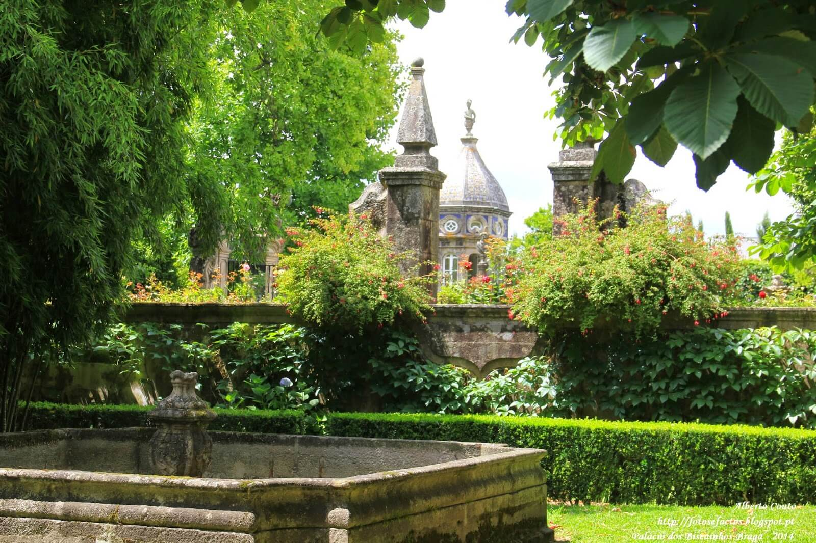 Фото: Дворец и сад Бискаиньюш