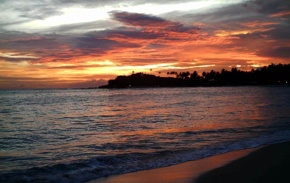 Закат в Маунт Лавинии