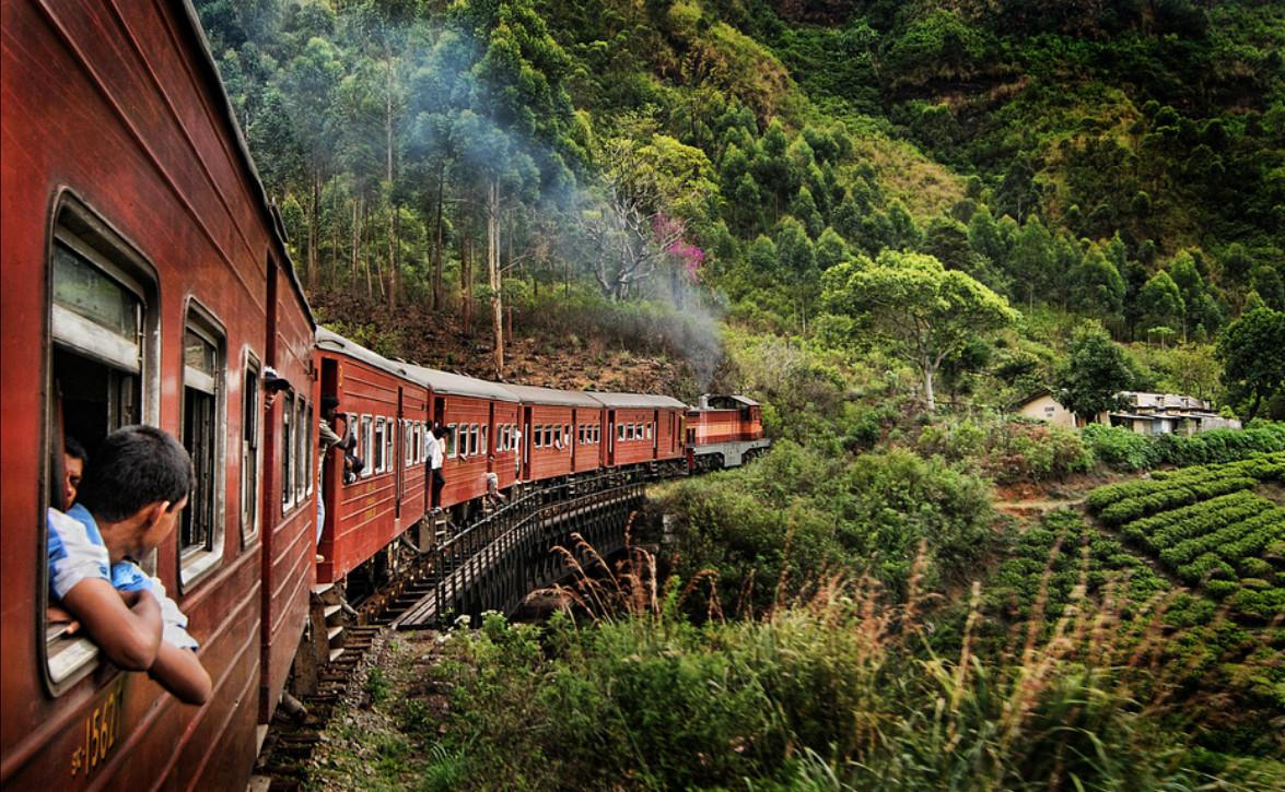 Поезд на Шри-ланке