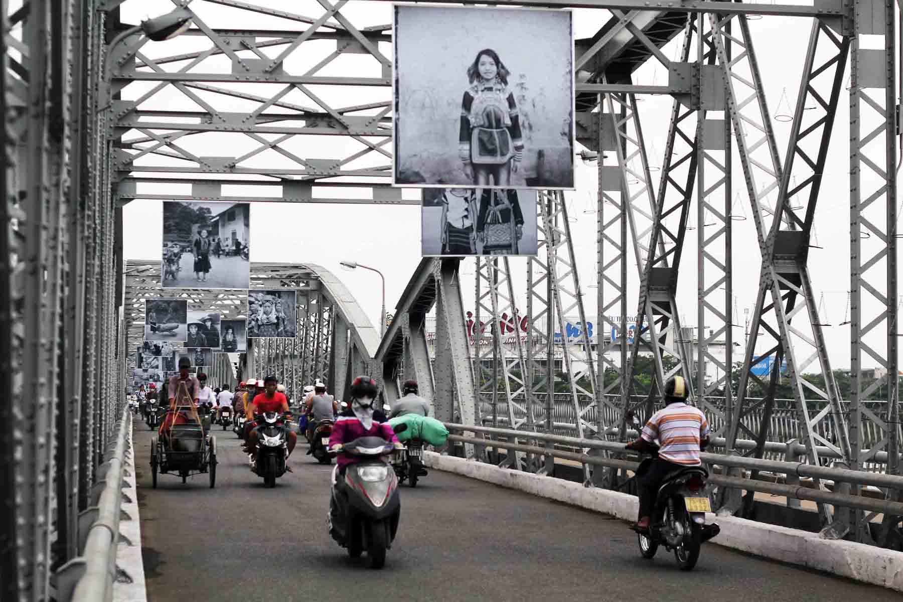 Мост Truong Tien Bridge