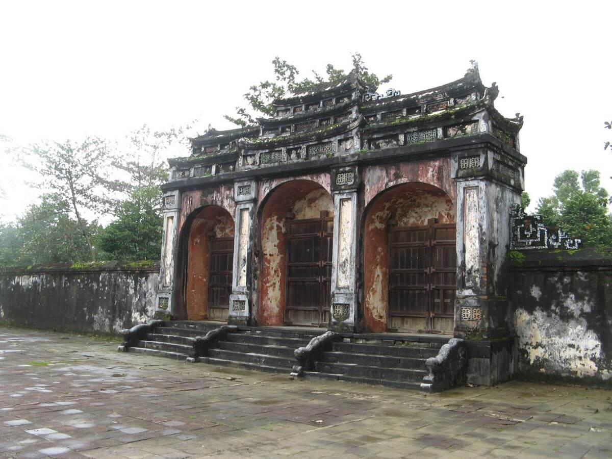 Гробница Минь Манга