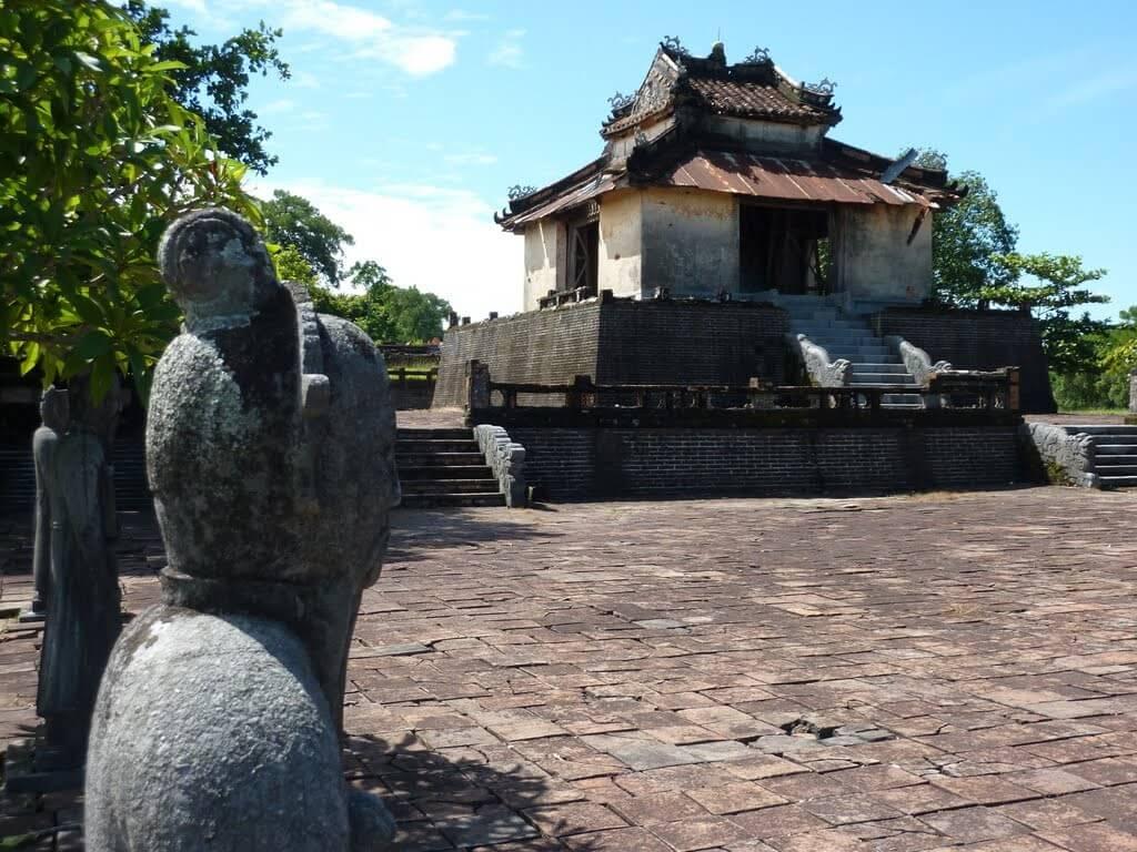Гробница Тхьеу Чи