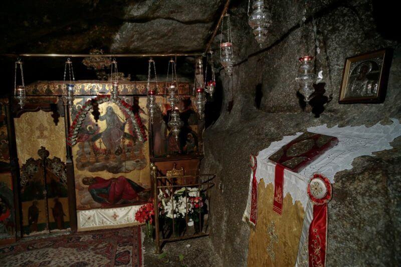 В пещере Откровения