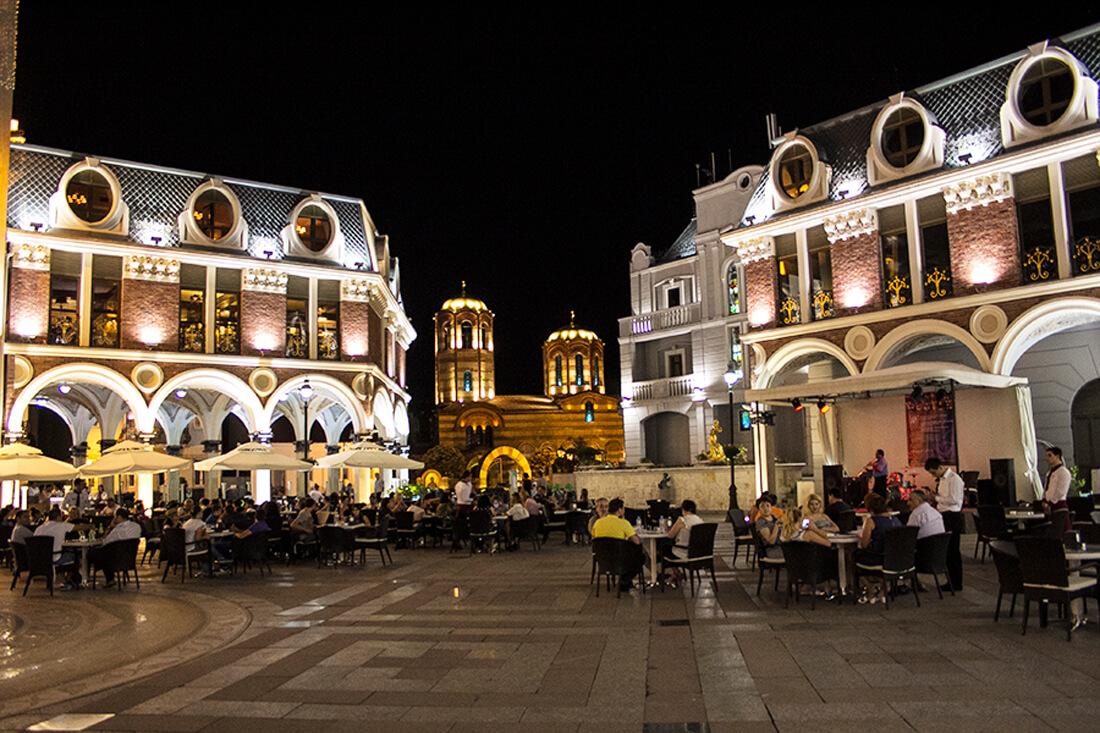 Площадь Piazza, Батуми