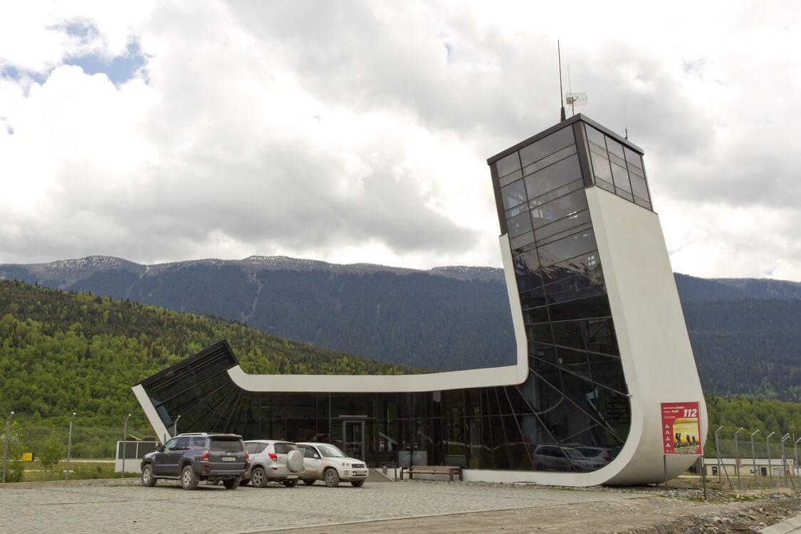 Аэропорт Местия