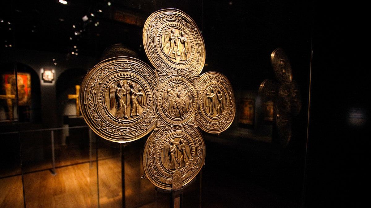 В музее истории и этнографии в Сванетии