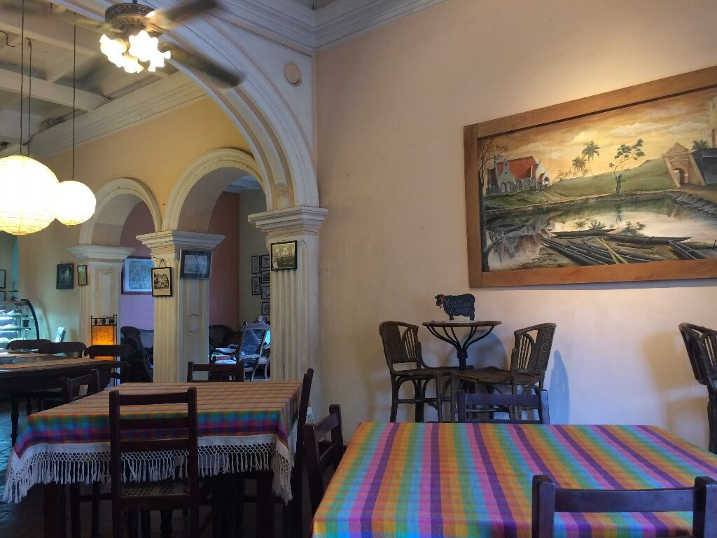 В кафе в Негомбо