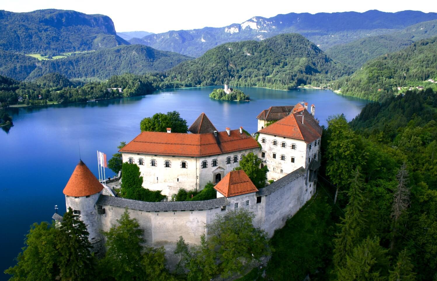 Замок Блед в Словении
