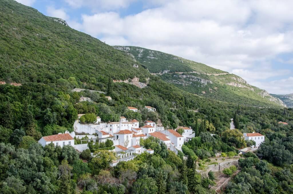 Францисканский монастырь 16 века