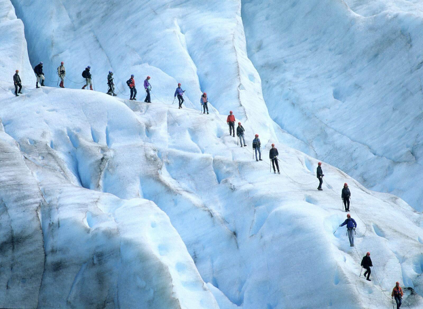 Восхождение на ледник Юстедальсбреен