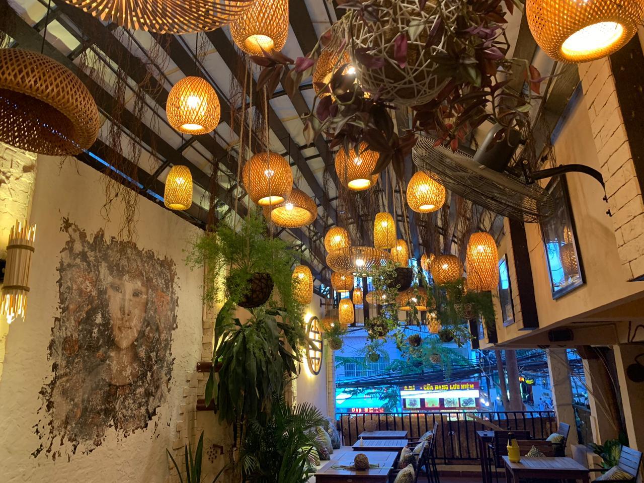 Ресторан TakiDa внутри