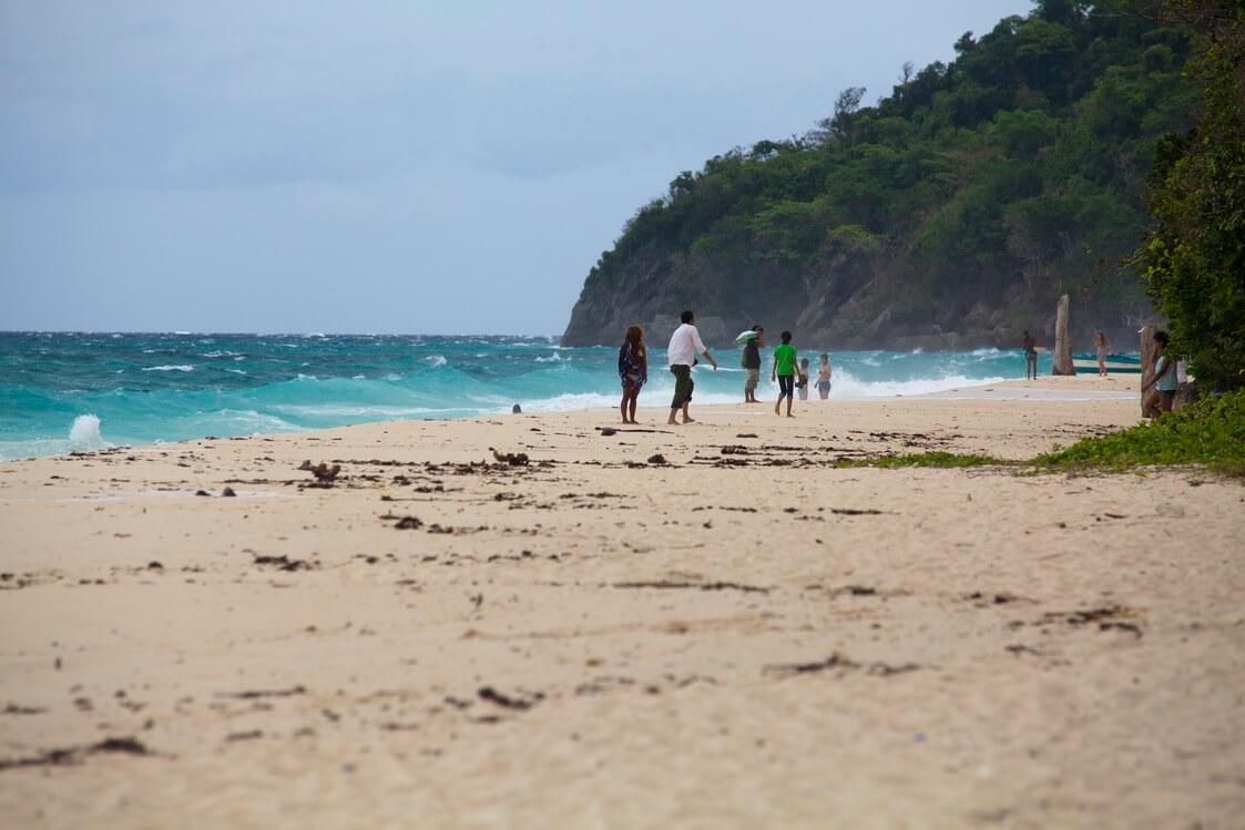 Пляж Пука-Шелл Бич