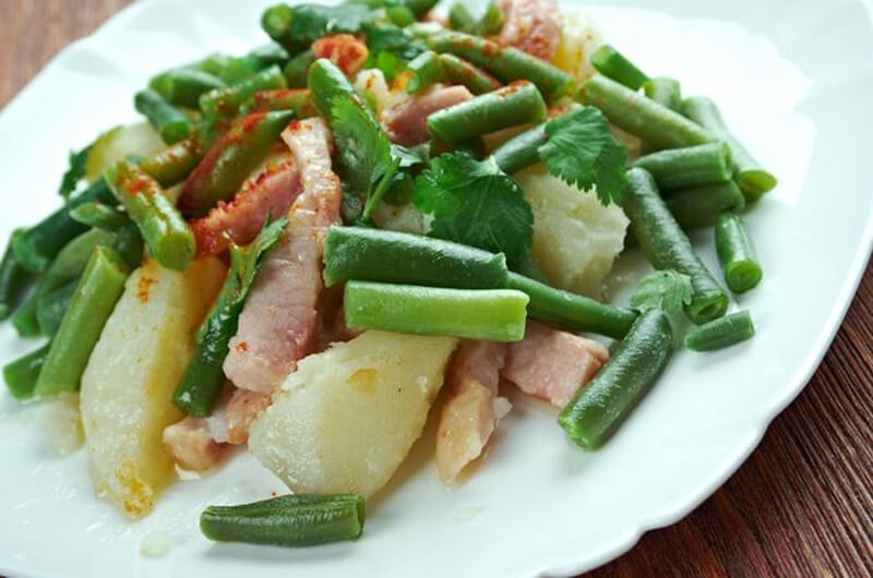 Льежский салат из зеленой фасоли