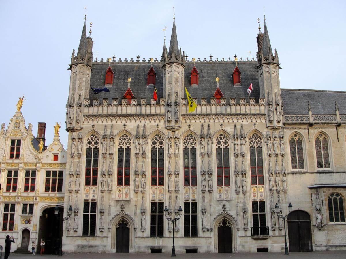 Ратуша в Брюгге