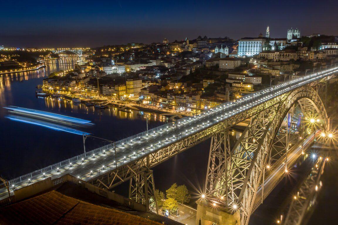 Вечерний мост Дона Луиша