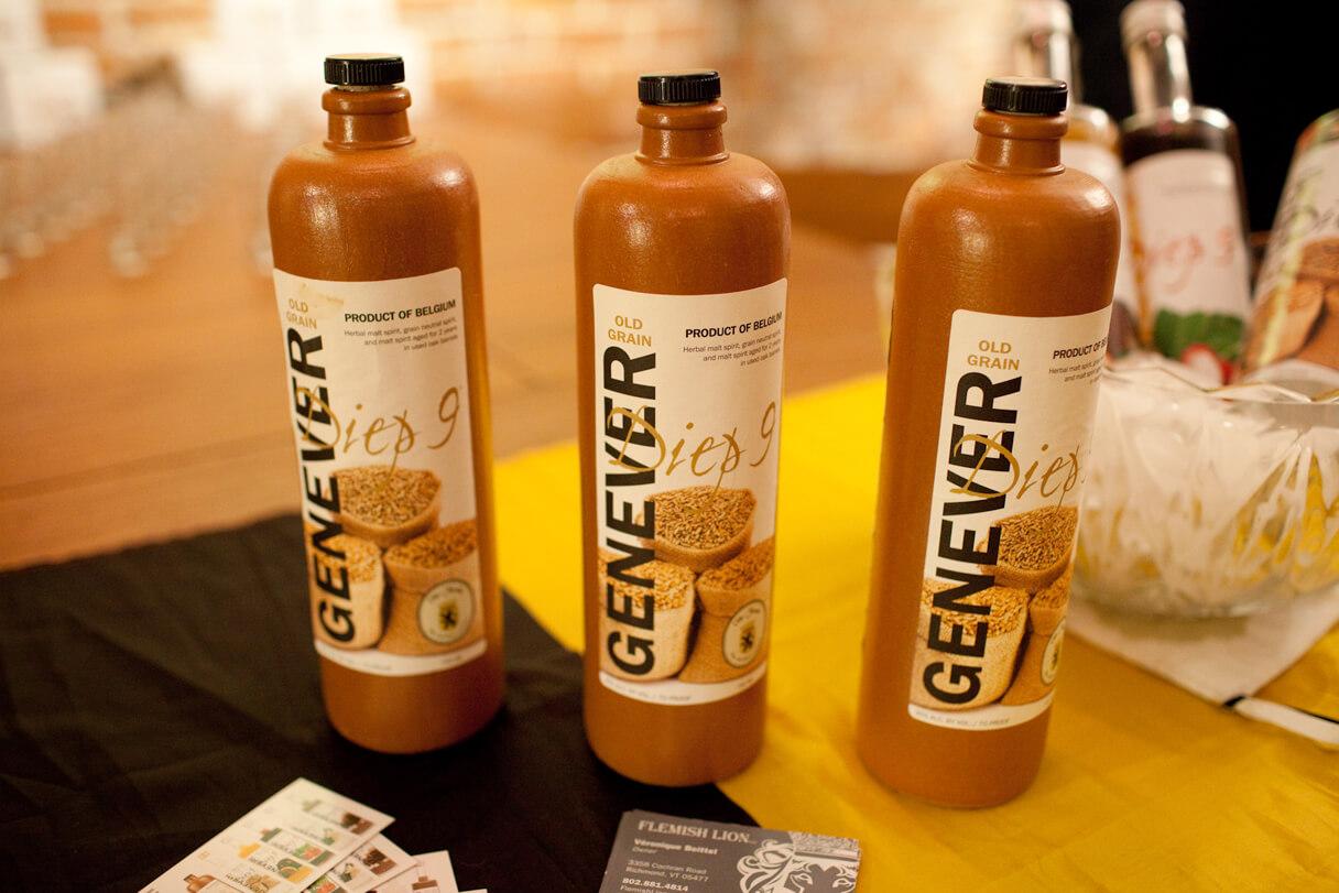 Женевер - местный алкогольный напиток