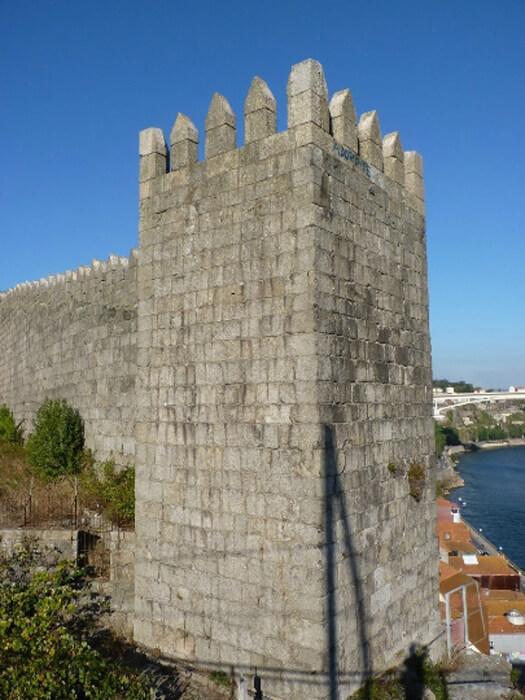 Крепостная стена Фернандина