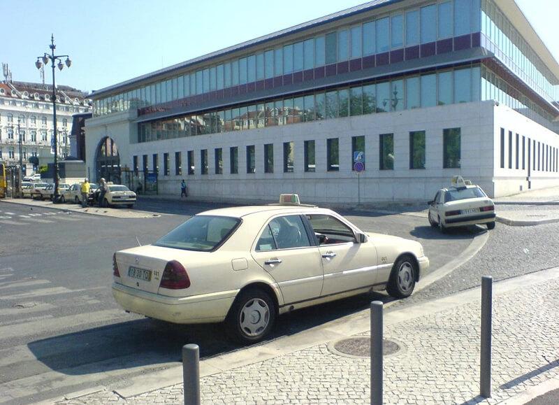 Лиссабонское такси