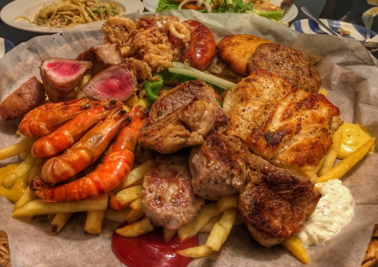 Ужин в ресторане Pita Gr restaurant в Нячанге
