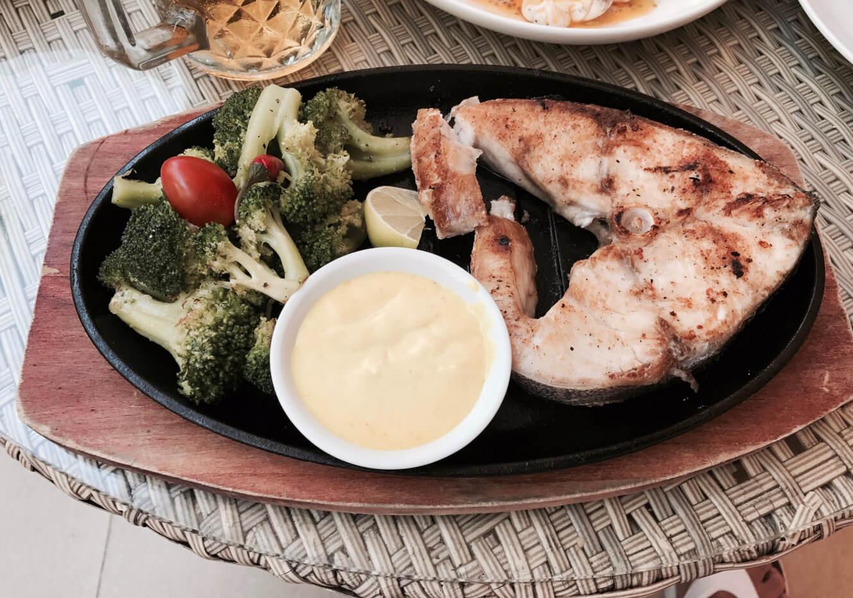 Обед в ресторане Story Beach Club & Restarant