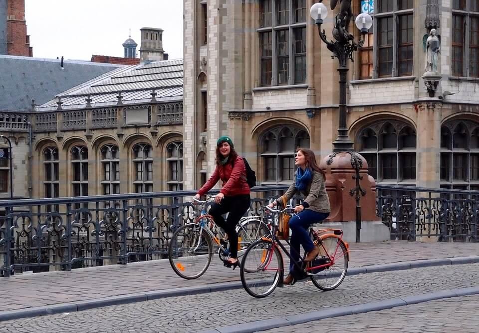 Транспорта для передвижения по городу - велосипед