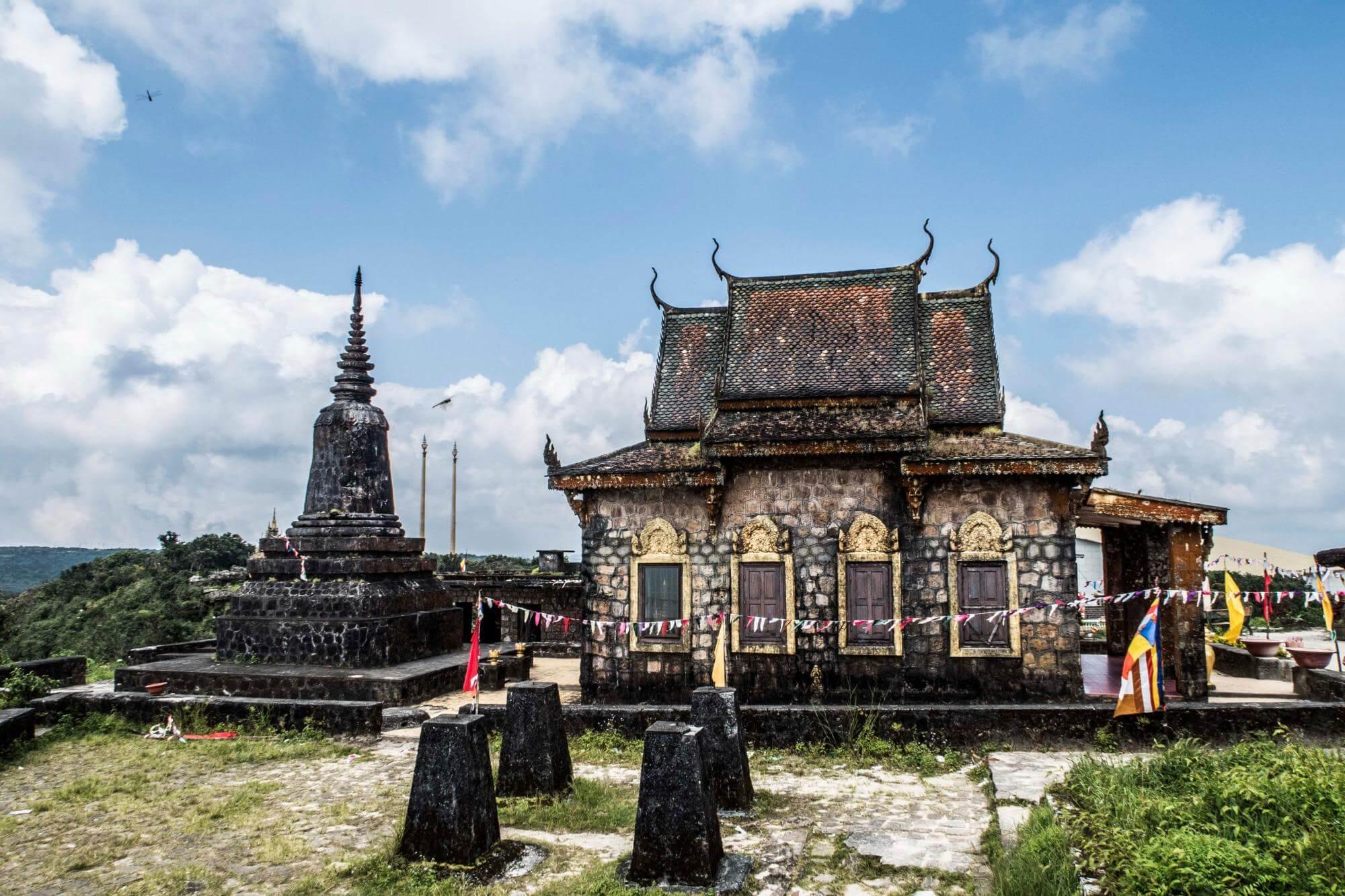 Буддийский храм Wat Sampov Pram