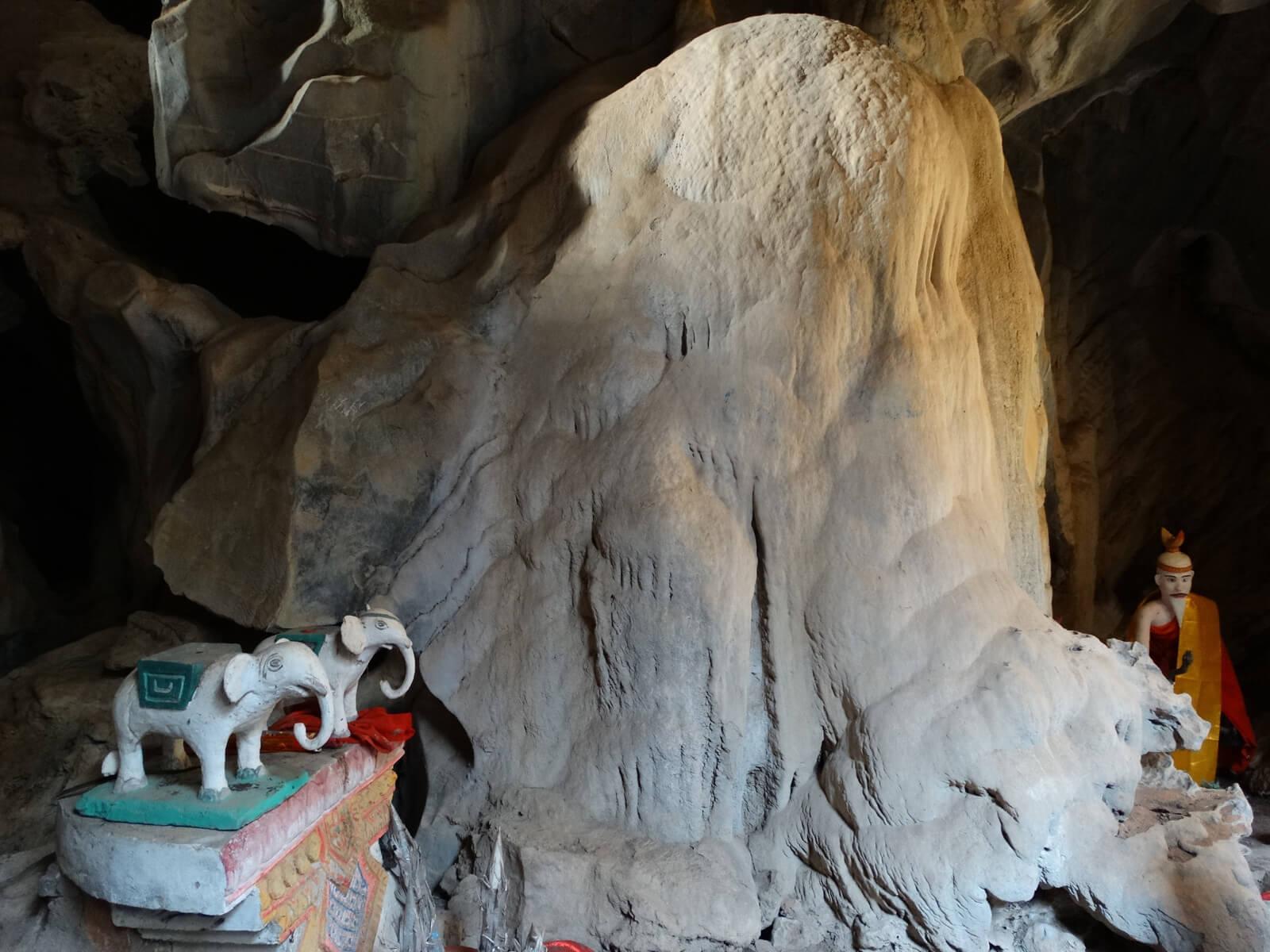 Пещера Белого Слона