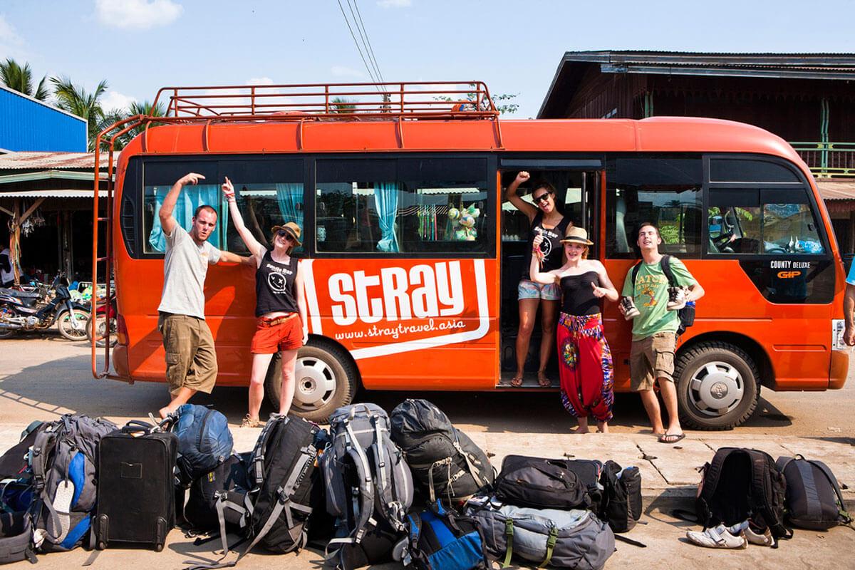 Автобус фирмы Stray Asia Bus