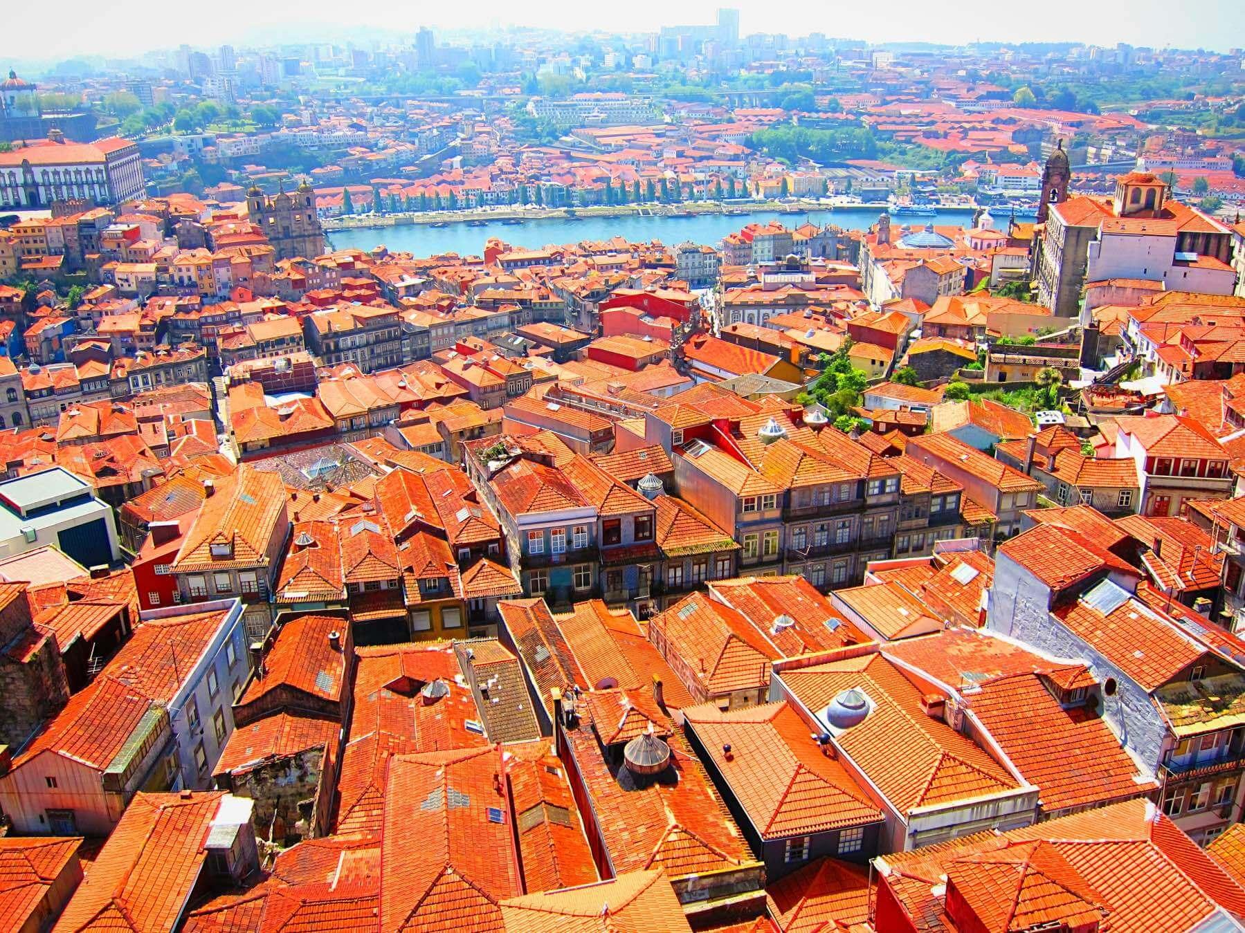 Красные крыши Порту