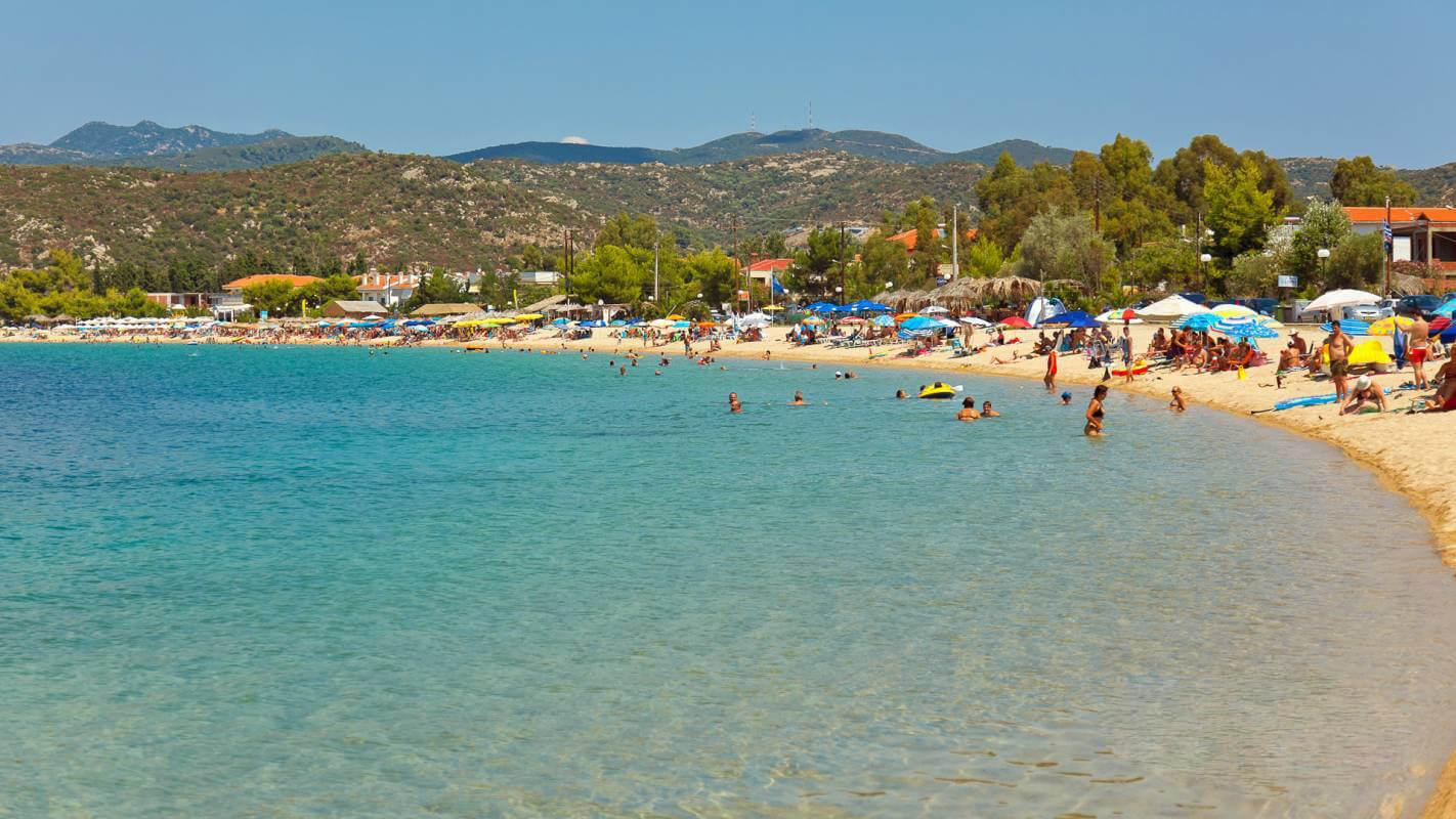 Пляж Торони