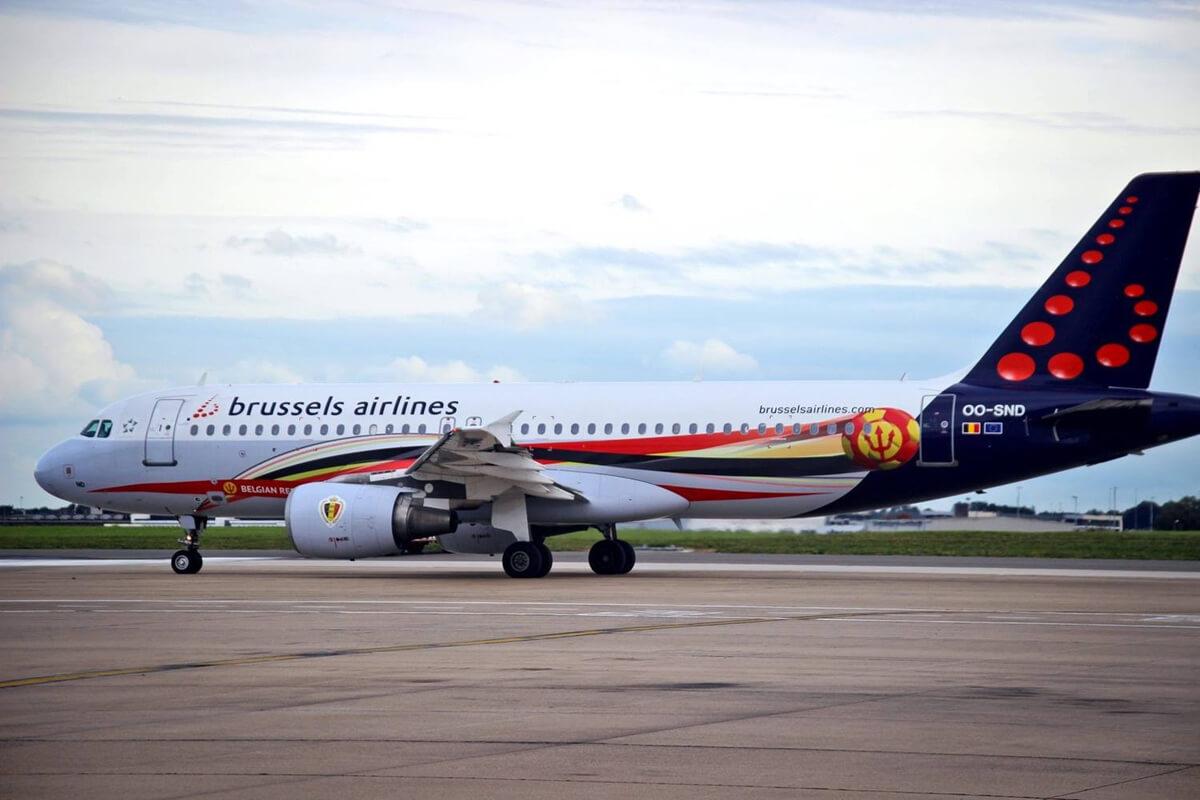 Самолет в аэропорту Завентем